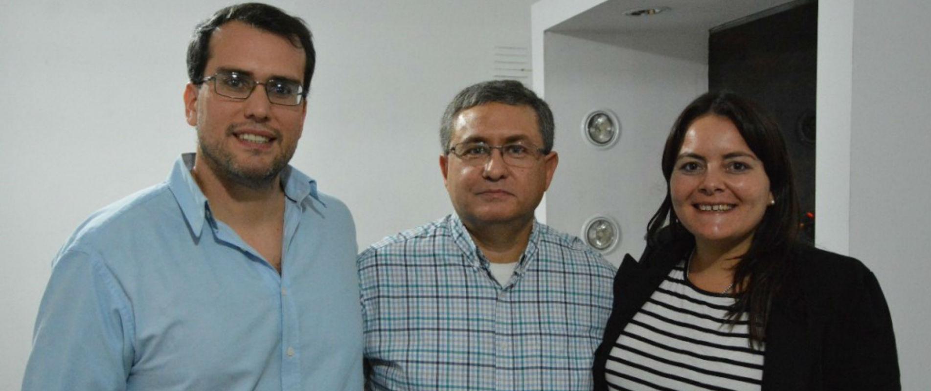 El Sindicato de los trabajadores jerárquicos mineros, acompañados por la diputada nacional, Florencia Peñaloza y el diputado provincial, Carlos Munisaga de la provincia de San Juan