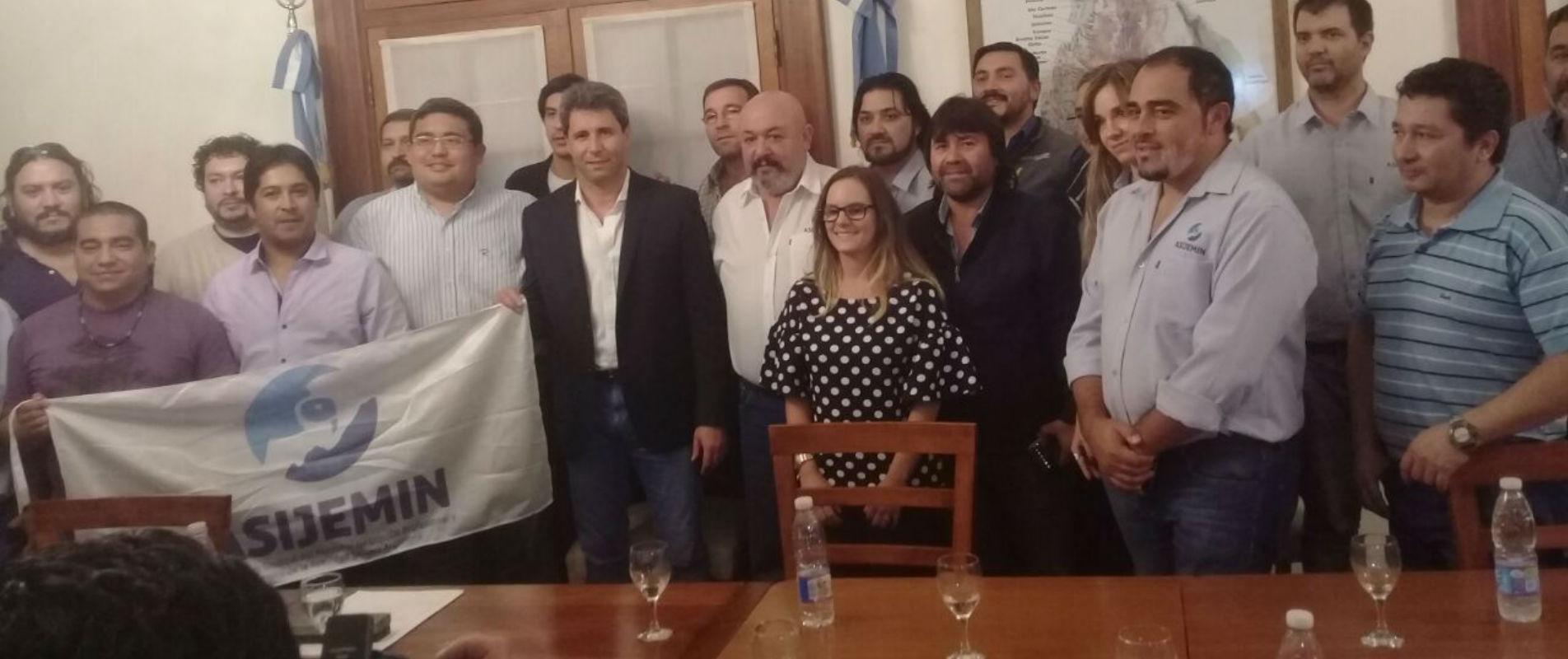 ASIJEMIN reclama la ratificación del convenio 176 de la OIT