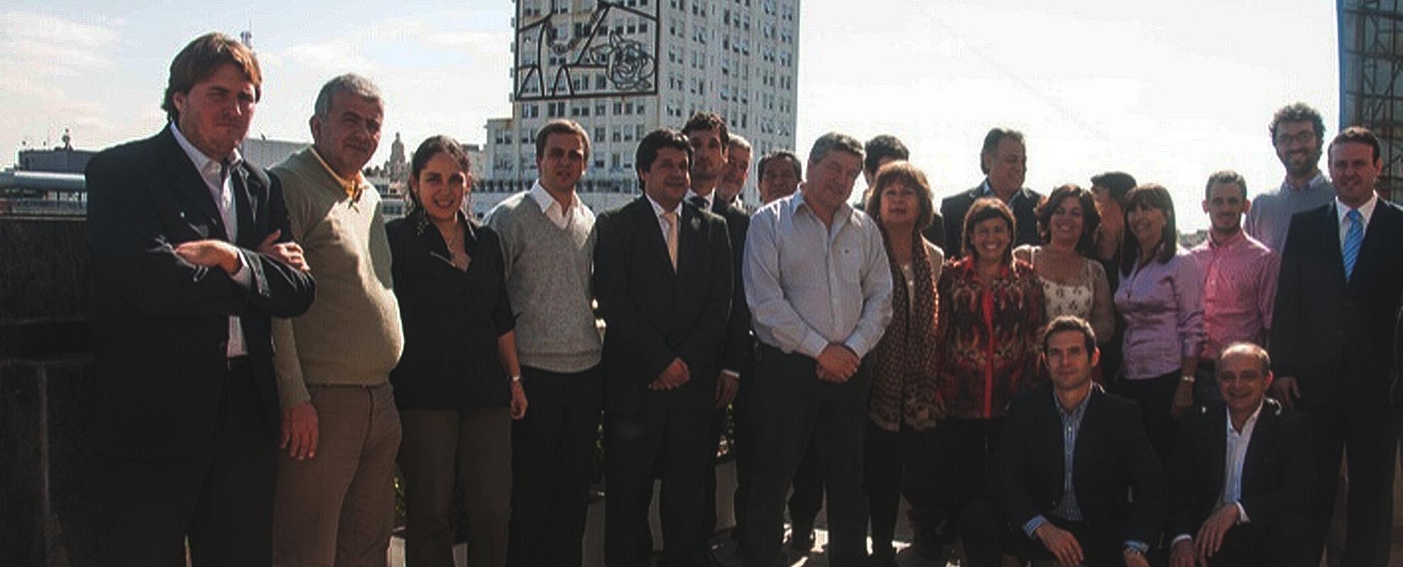 Felicitamos a los abogados en su día, en particular a nuestro Equipo Jurídico encabezado por León Piasek.